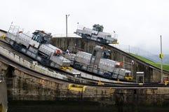 Drie elektrische locomotieven op het Kanaal van Panama Stock Foto