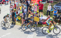 Drie Fietsers op Col. du Glandon - Ronde van Frankrijk 2015 stock fotografie
