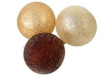 Drie geïsoleerde Kerstmisballen Royalty-vrije Stock Foto