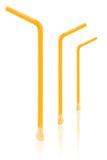 drie geel die stro met lepel op wit wordt geïsoleerd Stock Afbeeldingen