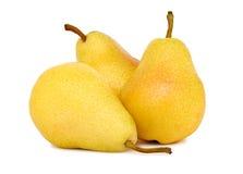Drie gehele gele (geïsoleerde) peren Stock Fotografie