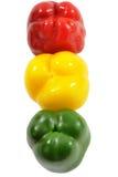 Drie gekleurde rijpe peper, afschilderend verkeerslichtkleuren royalty-vrije stock foto