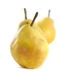 Drie groene peren die op wit worden geïsoleerdr Royalty-vrije Stock Foto