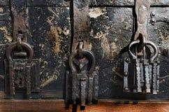 Drie Hangsloten Stock Foto's