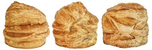 Drie het Bladerdeegbroodjes van het Kaascroissant die op Witte Achtergrond worden geïsoleerd Royalty-vrije Stock Foto's