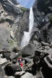 Drie jaar het oude beklimmen aan Yo Stock Foto