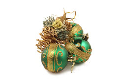 Drie Kerstmisspeelgoed en gouden buil Stock Fotografie