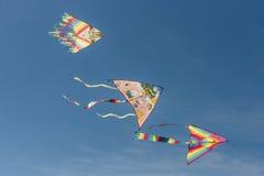 Drie kleurrijke vliegers Royalty-vrije Stock Foto