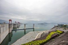 Drie Klovendam langs de Yangtze-Rivier in China royalty-vrije stock afbeelding