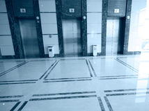 Drie liftdeuren stock foto
