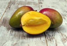 Drie mango's Royalty-vrije Stock Fotografie