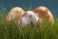 Drie marmeren eieren Stock Afbeeldingen