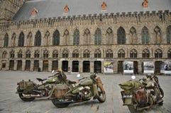 Drie Militaire Motorfietsen van WLA voor Oorlogsmuseum stock afbeelding
