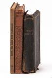 Drie oude boeken status royalty-vrije stock foto's