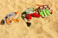 Drie paren maskers met buizen voor het zwemmen Stock Afbeelding