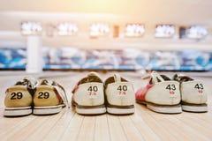 Drie paren schoenen voor kegelen Stock Foto