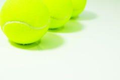 Drie tennisballen Royalty-vrije Stock Foto's