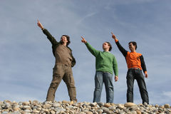 Drie toevallige jonge mensen Stock Foto's
