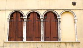 Drie vensters en lege  royalty-vrije stock foto