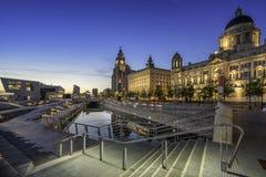 Drie vereren op Liverpools-waterkant Royalty-vrije Stock Afbeeldingen