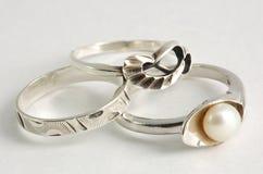 Drie verschillende zilveren ringen Royalty-vrije Stock Afbeelding