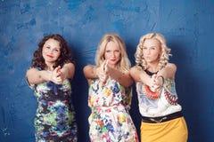 Drie vrolijke meisjes Stock Afbeelding
