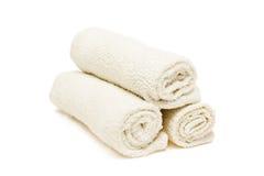 Drie witte handdoeken Royalty-vrije Stock Afbeeldingen
