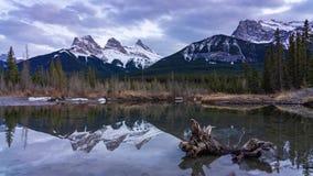 Drie Zusters Canmore Alberta stock videobeelden