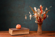 Dried flowers in a ceramic vase Stock Images