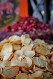 Dried garlic at the spice market Royalty Free Stock Images