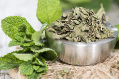 Dried Mint in a bowl Royalty Free Stock Images