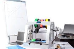Driedimensionele printer op de lijst Stock Afbeelding