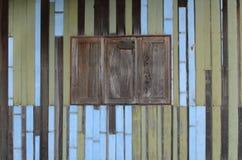 Drievoudig houten venster Stock Foto's