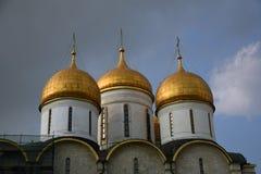 Drievuldigheidstoren van Moskou het Kremlin De Plaats van de Erfenis van de Wereld van Unesco royalty-vrije stock afbeelding