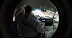Drijfmening van de Timelapse de videonacht van binnenuit de auto stock video