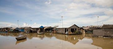 Drijvend dorp, Kambodja stock fotografie