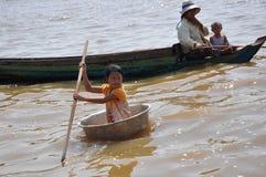Drijvend dorp Kambodja Stock Afbeelding