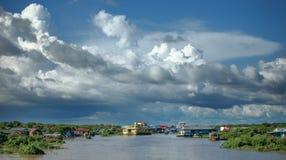 Kambodja. Het sapmeer van Tonle. stock foto's