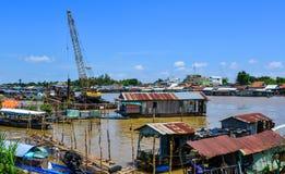 Drijvende huizen in Chau-Doc., Vietnam royalty-vrije stock foto