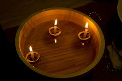 Drijvende kaarsen Stock Foto's
