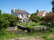 ` Drijvende tuinen ` in Amiens, Frankrijk Stock Afbeeldingen