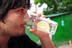 Drikning Mann Lizenzfreie Stockbilder