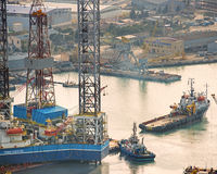 Drilling Rig Leaves Shipyard Stock Photography