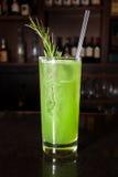 Drink för coctailalkoholstång Arkivbild
