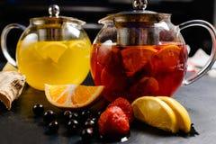 Drink för vitamin för naturligt organiskt fruktte sund arkivfoto