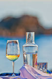 Drink in front of an island Royalty Free Stock Photography