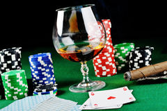 Drink and playing cards Royalty Free Stock Photos