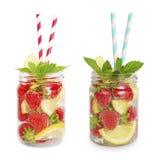 Drinkar från jordgubbar och citroner Royaltyfri Bild