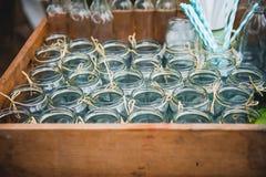Drinkende kruiken stock afbeelding