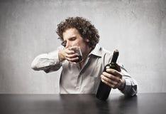 Drinkende Rode Wijn royalty-vrije stock foto